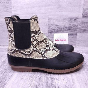NEW Urban Outfitters Chelsea Rubber Duck Boot Snake Print Black Women's sz 10